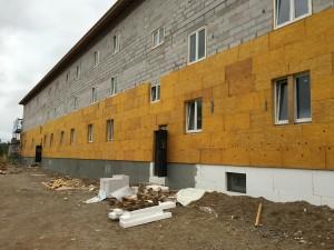 Рис. 9. Утепление главного фасада здания